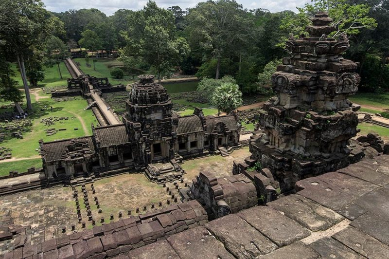 Cambogia, templi di Angkor Wat, vista del panorama dal tetto